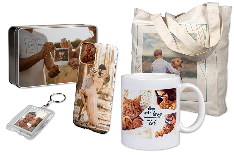 Photo gift ideas for everybody, i. e. cuddly toys, pocket books, cups or mobile phone cases with photo.